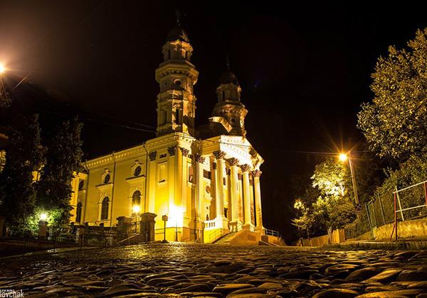 Экскурсия по Ужгороду вечерняя (6)