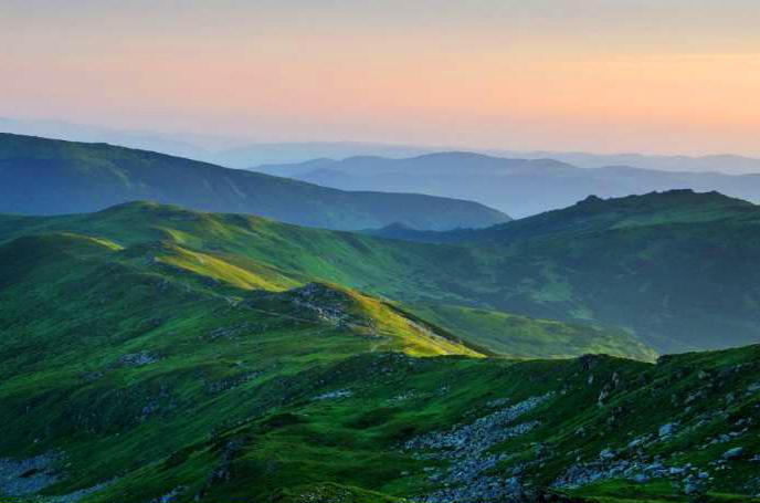 Таємниці Ужанської долини і дерев'яні церкви